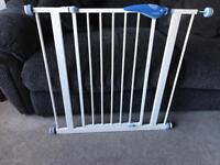 Lindam stair gate / safety gate