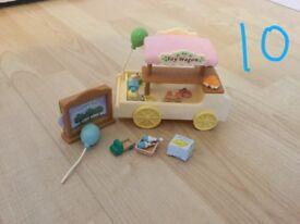 Sylvanian Families Toy Wagon