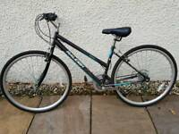 Womens Raleigh mountain bike excellent condition