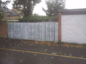 GARAGE LOCK UP TO LET ILFORD - IDEAL FOR STORAGE