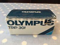 OLYMPUS TRIP 301 Camera