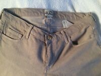 REISS JEANS BRAND NEW SIZE 10uk