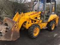 JCB 2cx 4x4x4 with 4in1 3 back buckets only 3500 hours