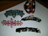 COLLECTION OF HAIR ACCESSORY'S