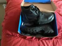 Promans size 9 new work steel toe caps boots