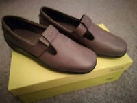 Hotter Sunset Shoes Size 6 New in Box, Leather Flats