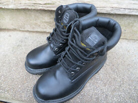 SAFETY BOOTS BY WORKWEAR-SIZE 7
