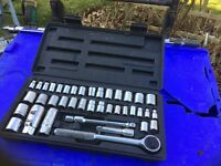 Full Socket Set in Case