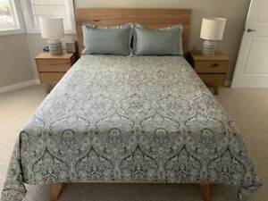King Size Quilt Cover & Standard Pillowcases
