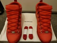 Balenciaga arena red uk7 for sale!