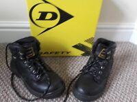 Dunlop Safety Boots BNIB