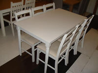 Margo Turned Leg Dining Table - White & 6 Hamstead Dining Chairs (Please call - Michal 07851770393)