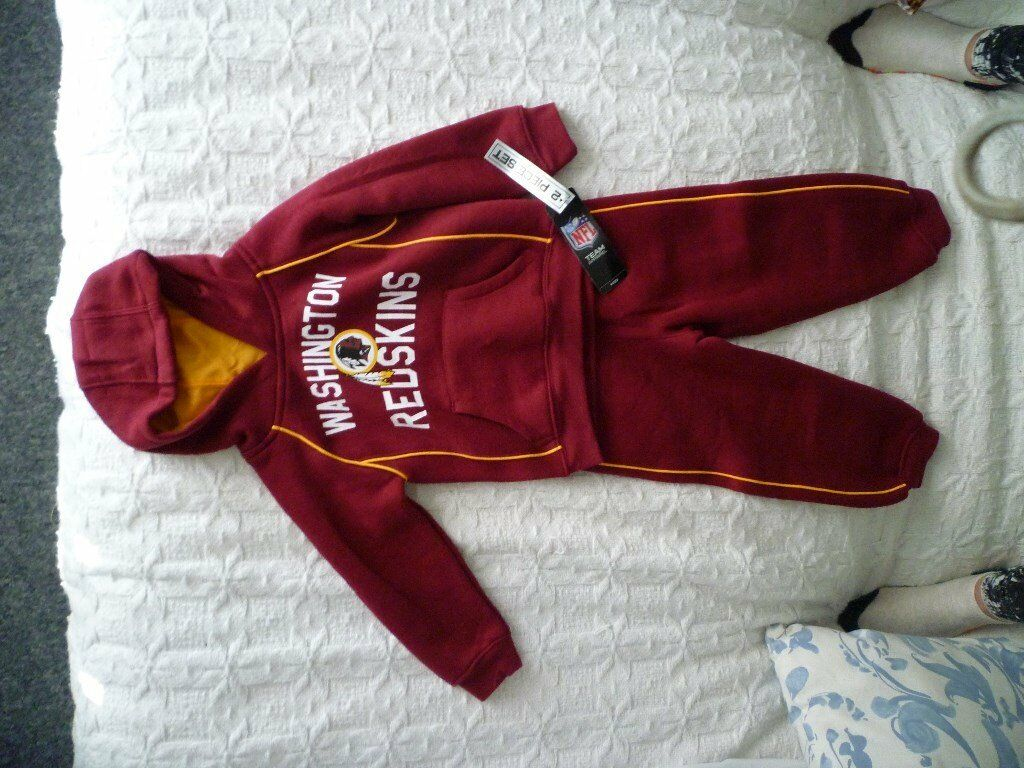 Childs brand new Redskins track suit
