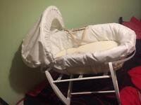 Mamas and papas baby Moses basket - like NEW