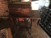 Vintage Singer Sewing Machine & Cast Treadle Table Working Antique