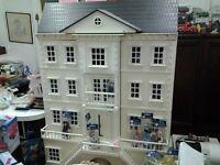 Dolls' houses, dolls' house furniture
