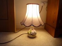 Moorcroft small table lamp in Magnolia design with shade in perfect condition