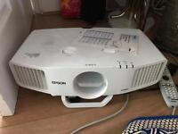 Epson EB-G5300 Projector