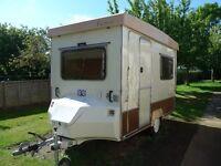 Folding Gobur Carousel 10/2 Caravan