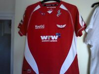 SCARLETS Rugby top as new