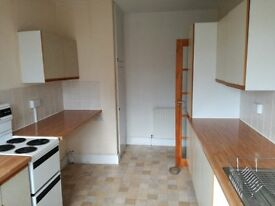 Large 2 Bedroom Flat, 2 Floors, Private Parking, Pembroke Dock