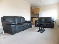FANTASTIC MODERN TWO BEDROOM / 2 BATHROOM FLAT, CLOSE TO TUBE