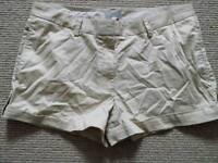 Massimo Dutti shorts, size medium