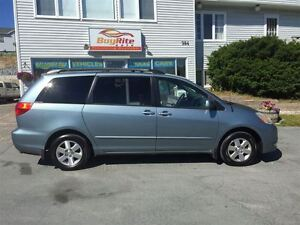 2005 Toyota Sienna LE PWR DOORS DUAL A/C