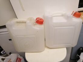 2 Water container 10Lt each