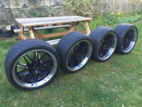 """19"""" CRUIZE ALLOYS WITH EXCELLENT TYRES. ORIGINAL BLACK WITH CHROME DEEP DISH (275/30/19) (245/35/19)"""