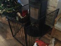 LOG BURNER FIRE GUARD WITH GATE
