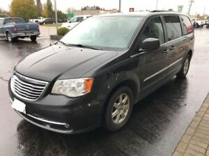 2012 Chrysler Town & Country Touring | LEATHER | ROOF
