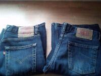 Womans levi jeans size 10