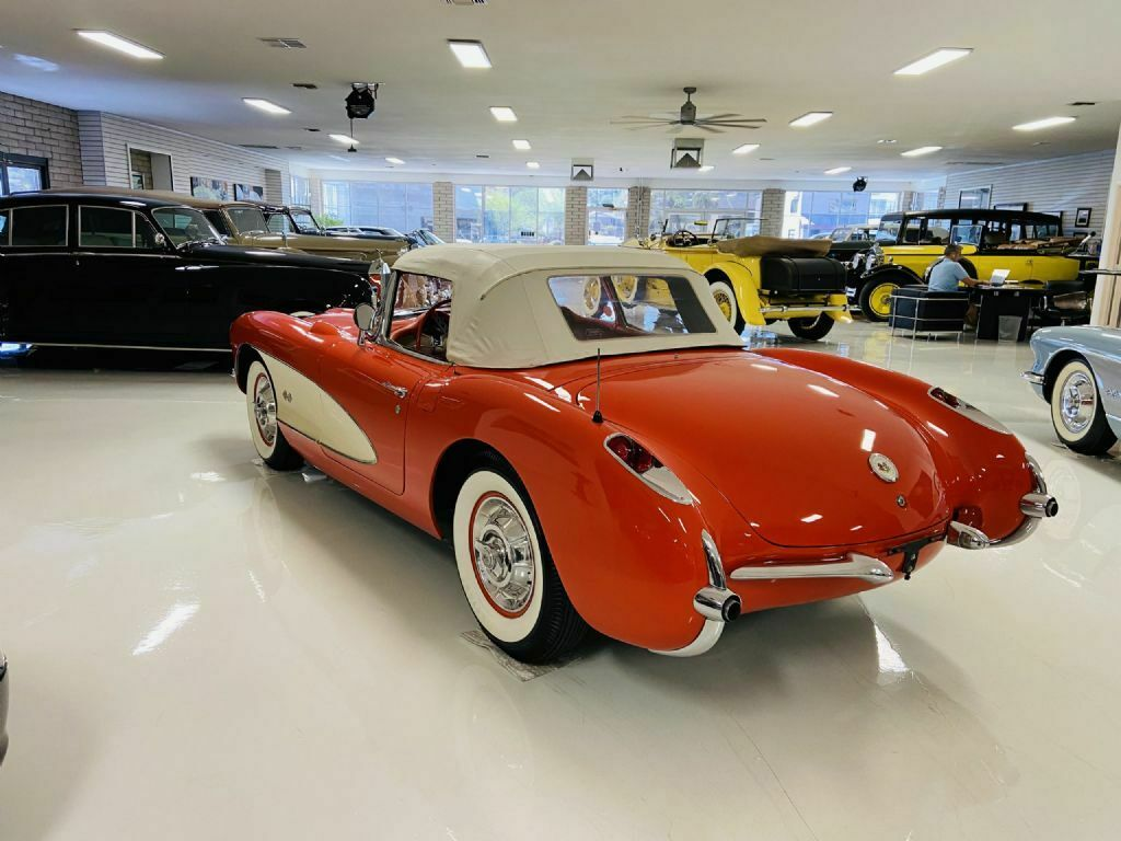 1957 Red Chevrolet Corvette     C1 Corvette Photo 8