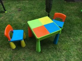 Multipurpose table and chairs