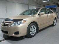 2011 Toyota Camry LE PRIX IMBATTABLE!