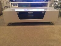 Beige tv stand immaculate 2months old in Tesco plasma centre still £214 only want £65 quick sale