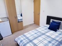 ENSUITE room located 10 minutes walk from WATFORD GENERAL HOSPITAL.