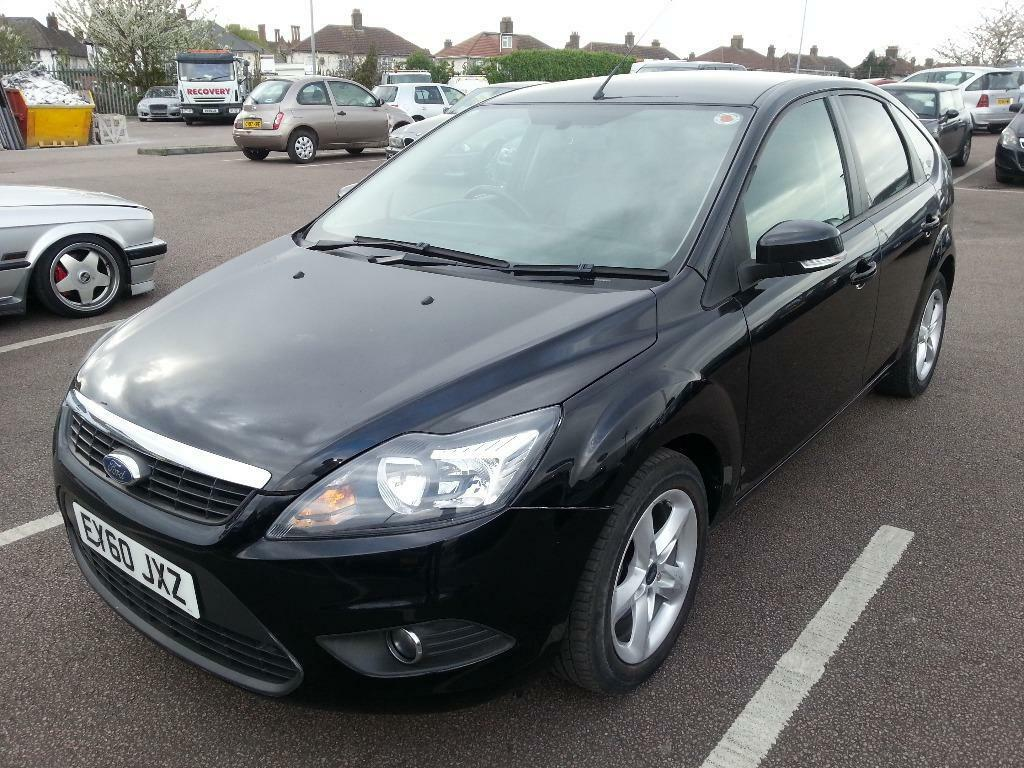 ford focus zetec 100 black 2010 manual petrol low. Black Bedroom Furniture Sets. Home Design Ideas