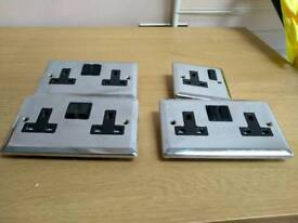 Metal electrical sockets