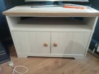 TV Stand, Cream & Wood, Corner Unit, Excellent Condition - like NEW - RRP £155