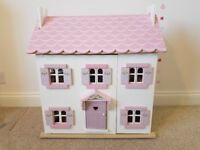 Dolls House (le toy van) with furniture and figures
