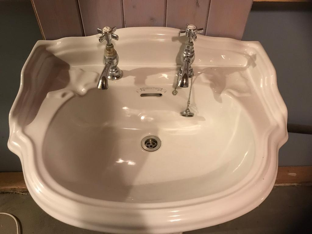 Traditional English basin / sink for sale