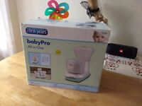 The First Years Baby Pro All-in-One Blender and Steamer