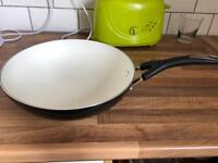 Prestige non stick frying pan