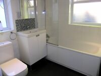 Beautiful 2 Bed 2 Bath Property In Central Wimbledon