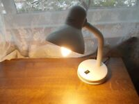 White Angle poise table lamp