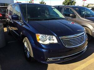 2016 Chrysler Town & Country TOURING-L | SUNROOF | DVD PLAYER |