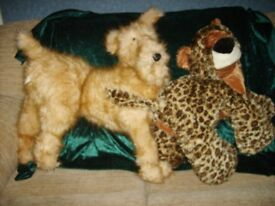 Large dog and leopard padded toys. (Price is for both together)