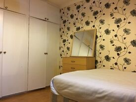 3 cozy double rooms and 1 spacious bright double room with splendid view